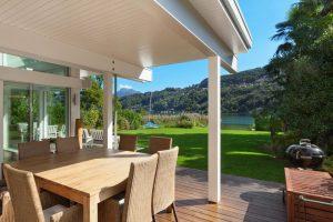 Belle terrasse d'une villa modern